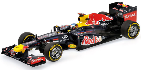 MINICHAMPS 1/18 2012 RED BULL RACING RB8 - SEBASTIEN VETTEL