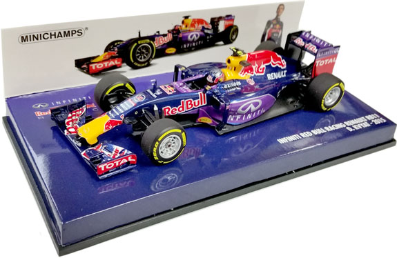 MINICHAMPS 1/43 2015 RED BULL RACING RB11 - DANIIL KVYAT