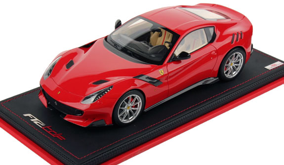 MR COLLECTION 1/18 FERRARI F12 TDF - ROSSO SCUDERIA