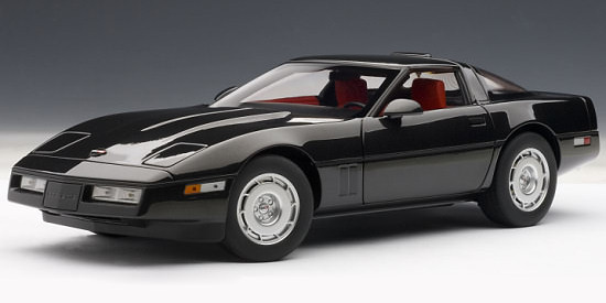 AUTOART 1/18 CHEVROLET CORVETTE 1986 - BLACK