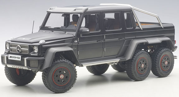 AUTOART 1/18 MERCEDES BENZ G63 AMG 6X6 - MATT BLACK