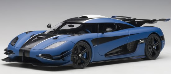 AUTOART 1/18 KOENIGSEGG ONE: 1 - MATT IMPERIAL BLUE