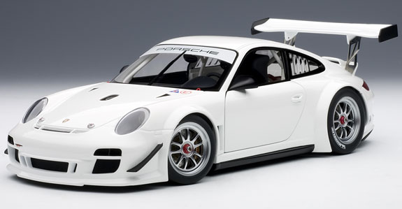 AUTOART 1/18 2010 PORSCHE 911 997 GT3 R PLAIN BODY - WHITE