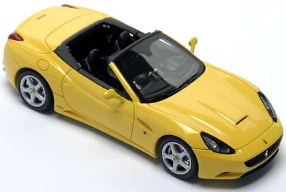 FERRARI CALIFORNIA CABRIO – YELLOW