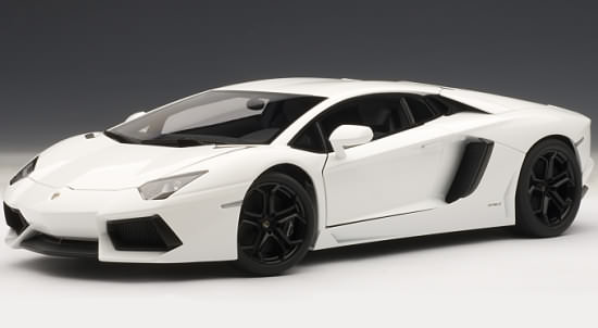 1 18 lamborghini aventador lp700 4 bianco isis white autoart models 1 18 lamborghini. Black Bedroom Furniture Sets. Home Design Ideas